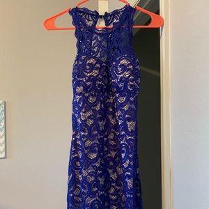 Junior blue lace dress